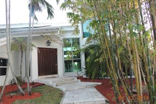 1400 S Biscayne Point Rd - Photo 1