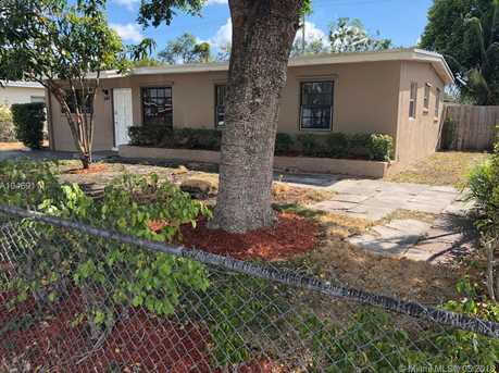 540 NW 30th Ave - Photo 1