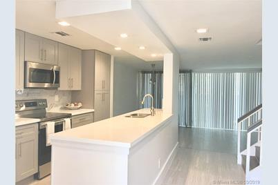 844 NW 81st Ave #7 - Photo 1