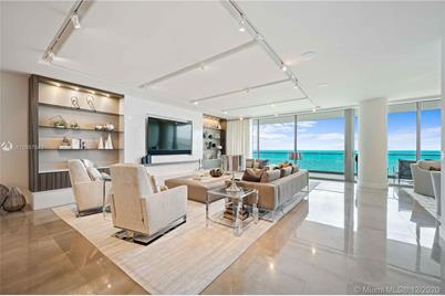 10201 Collins Ave #1706 - Photo 1