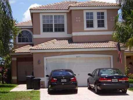 6272 NW 36th Ave - Photo 1