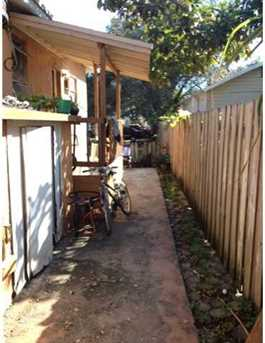 1852 NW 19 St - Photo 1