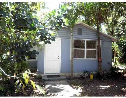 628 NW 4 St - Photo 1