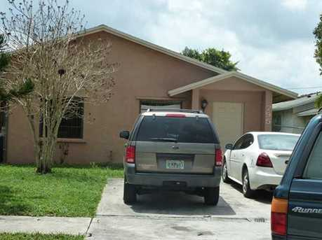 795 NW 6 St - Photo 1
