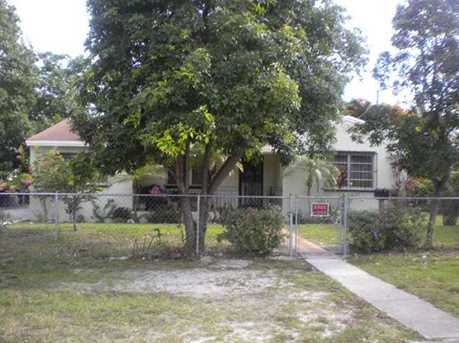435 NW 140 St - Photo 1