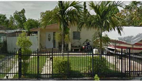 1740 NW 114 St - Photo 1