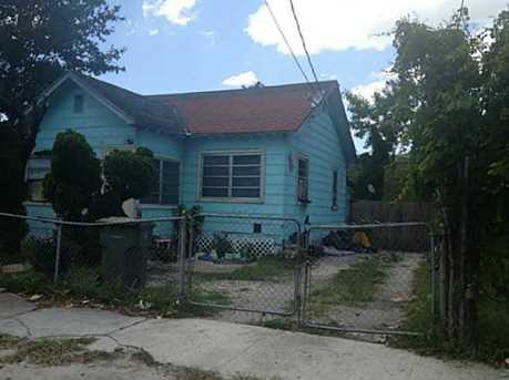 345 NW 37 St - Photo 1
