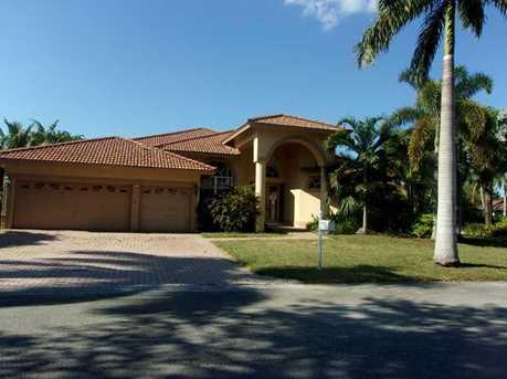 8605 NW 43rd Ct - Photo 1