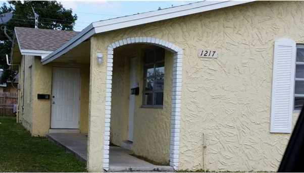 1217 Nw 19 Ct - Photo 1