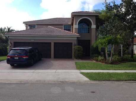 13724 NW 15 St - Photo 1