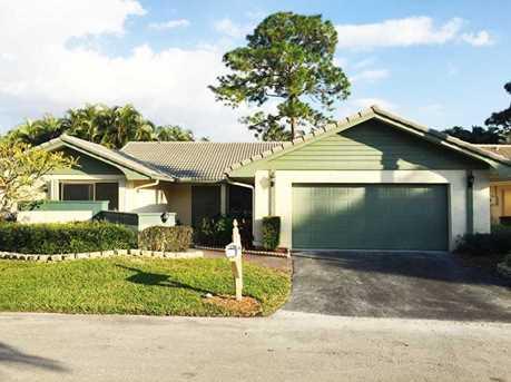 6912 Villas Drive West - Photo 1