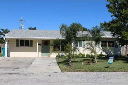 313 SW 7th Ave - Photo 1