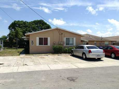 2504 Nw 21 St #1-2 - Photo 1