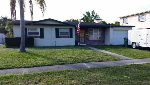 7510 NW 1 Ct - Photo 1