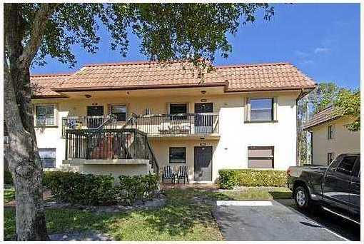 10605 NW 11th St #206 - Photo 1