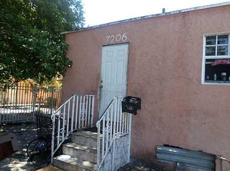 7206 Ne Miami Ct - Photo 1