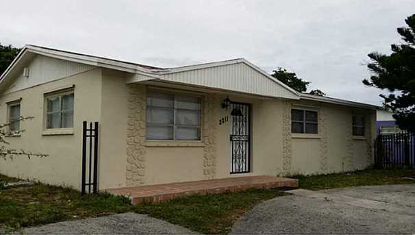 2211 Nw 179 St - Photo 1
