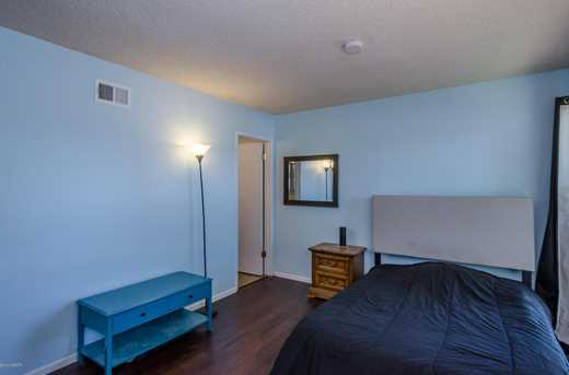 1301 Orchid Street - Photo 26