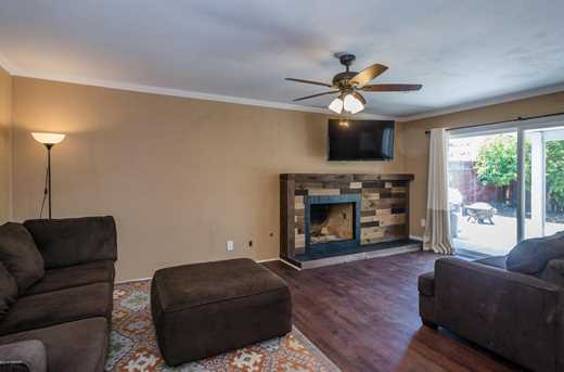 1301 Orchid Street - Photo 18